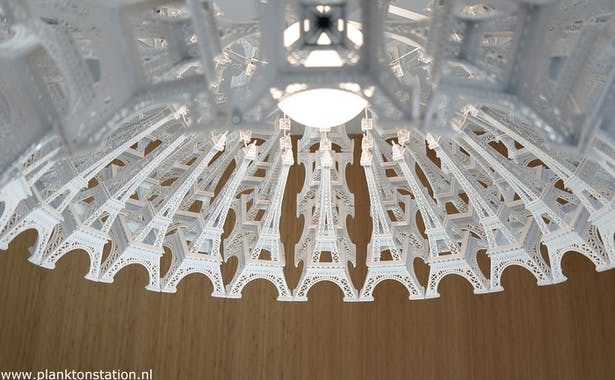 """""""Colosseum"""" iconic suspended light."""