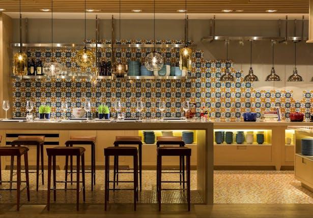 Hotel Indigo Hong Kong Island Cafe Post