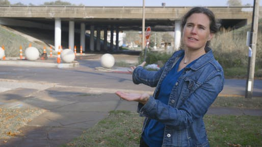 Patty Heyda at the I-44 overpass in Botanical Heights/McRee Town. (Photo: Tom Malkowicz/Washington University)