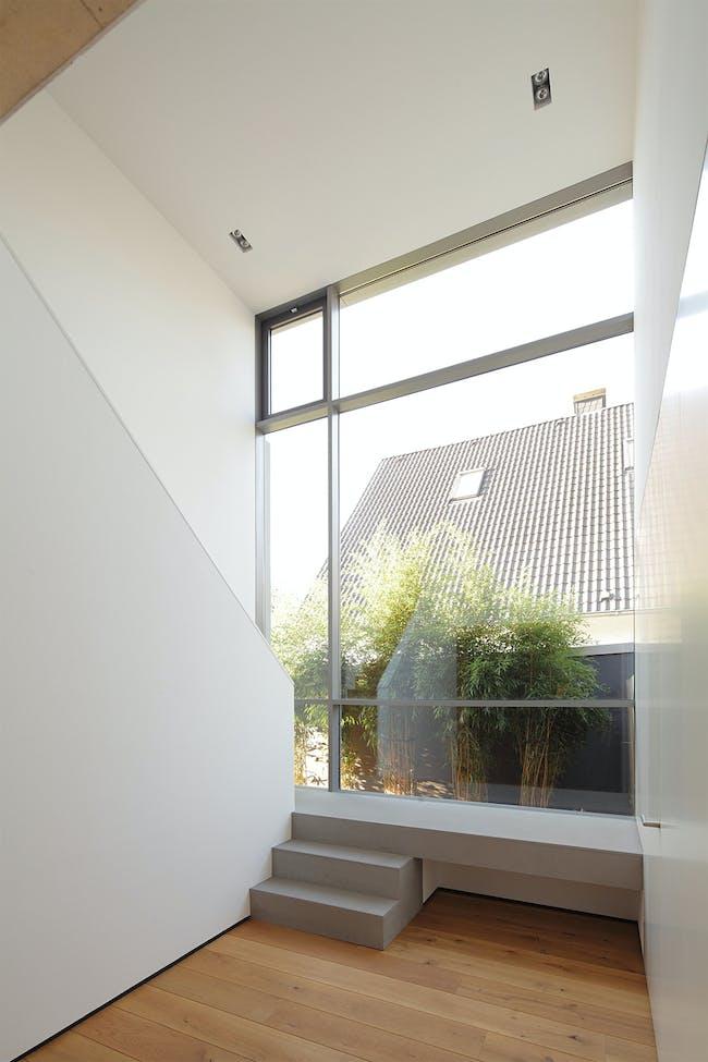House in Paderborn, Germany by Wannenmacher-Möller Architekten GmbH; Photo: Csaba Mester
