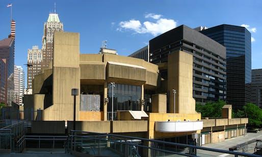 Morris A. Mechanic Theatre in 2008 via WikiMedia