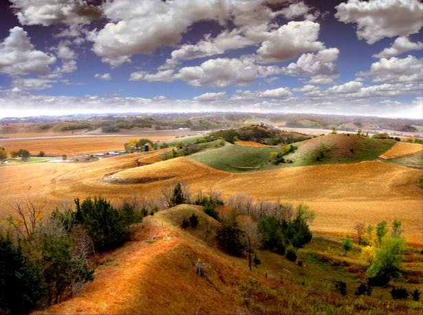 Midwest Photography, rolling hills, Iowa.