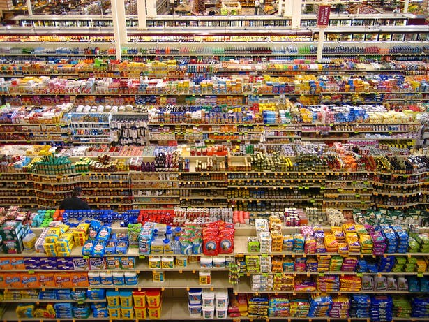 Typical Supermarket Aisles - package types dominate noticeability