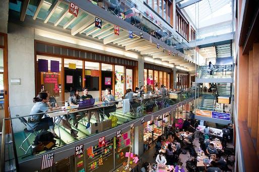 Design for America Leadership Studio at Northwestern University (Evanston, Illinois, 2011–present). Project partner: Delta Lab. Photo: Sally Ryan.
