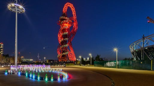 The Arcelormittal Orbit Tower in London. Image via wikimedia.org