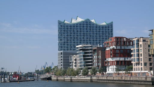 Elbphilharmonie in Hamburg by Kallmorgen & Partner, Herzog & de Meuron. Photo © Tim Bindels.