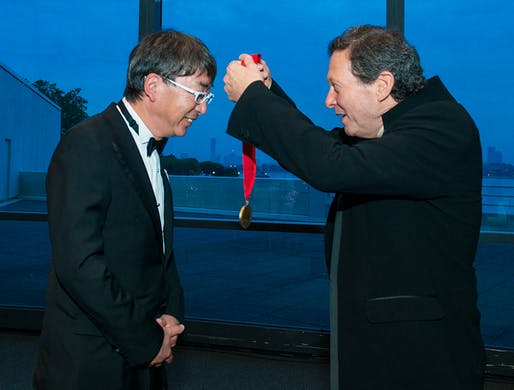 Toyo Ito receives the 2013 Pritzker Prize. Image: Rick Friedman.