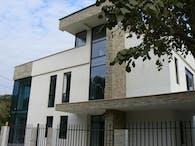 Iezeru House