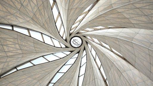 Stellar Design winner: Bahá'í Temple of South America; Santiago, Chile by Hariri Pontarini Architects. Image Credit: Sebastián Wilson León