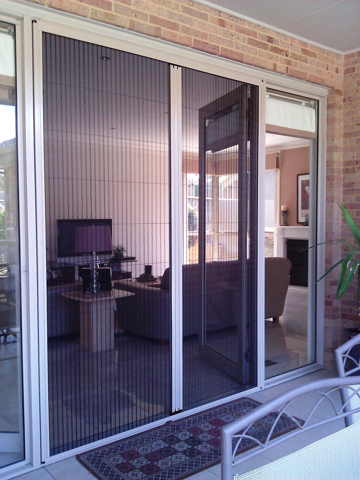 Retractable Screen Doors Serdal Deveci Archinect