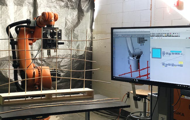 Live streaming the weaving process from the Agent script to the Robot. Picture Credit: Aneri Mehta