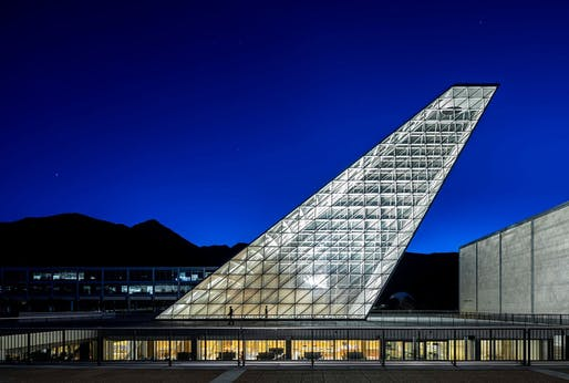 2018 IDEAS2 National Steel Award recipient: USAFA Center for Character and Leadership Development in Colorado Springs, Colorado. Architect: SOM. Photo courtesy of SOM.