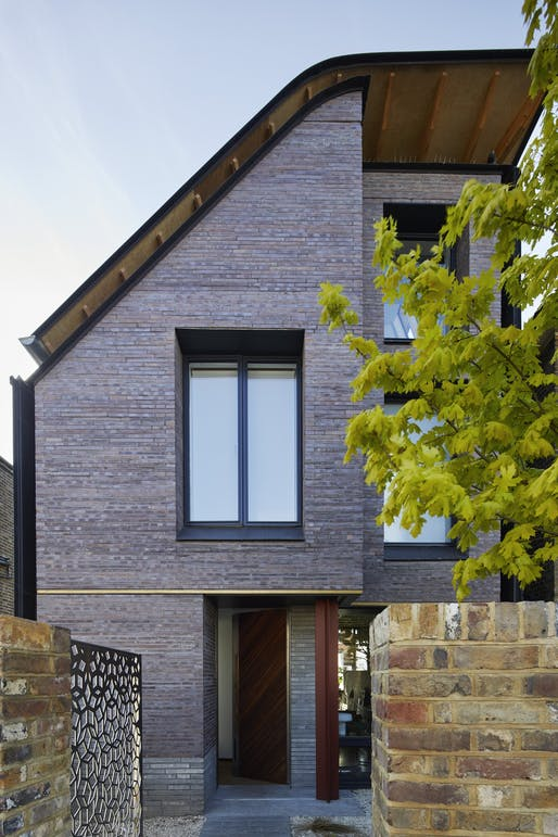 The Markers House; designed by Liddicoat & Goldhill. Photo Credit: Simon Watson for House & Garden.