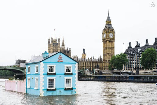 Floating House on the River Thames. (Image courtesy of Airbnb)