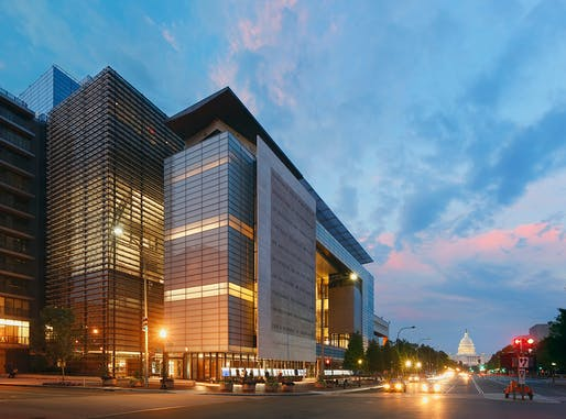 Newseum / Freedom Forum Foundation World Headquarters. Photo credit: © Jeff Goldberg/Esto.