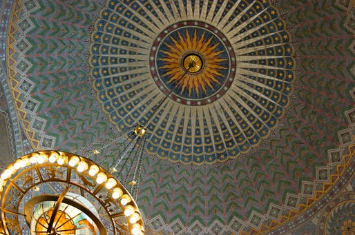 Ceiling detail in the Los Angeles Central Library. Photo: Ryan Basilio/Flickr