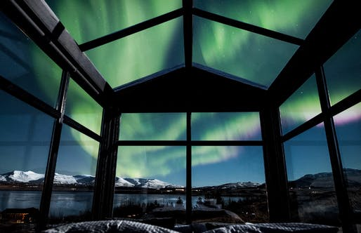 ​Panorama Glass Lodge located in Hvalfjörðu, Iceland. Image: Panorama Glass Lodge.