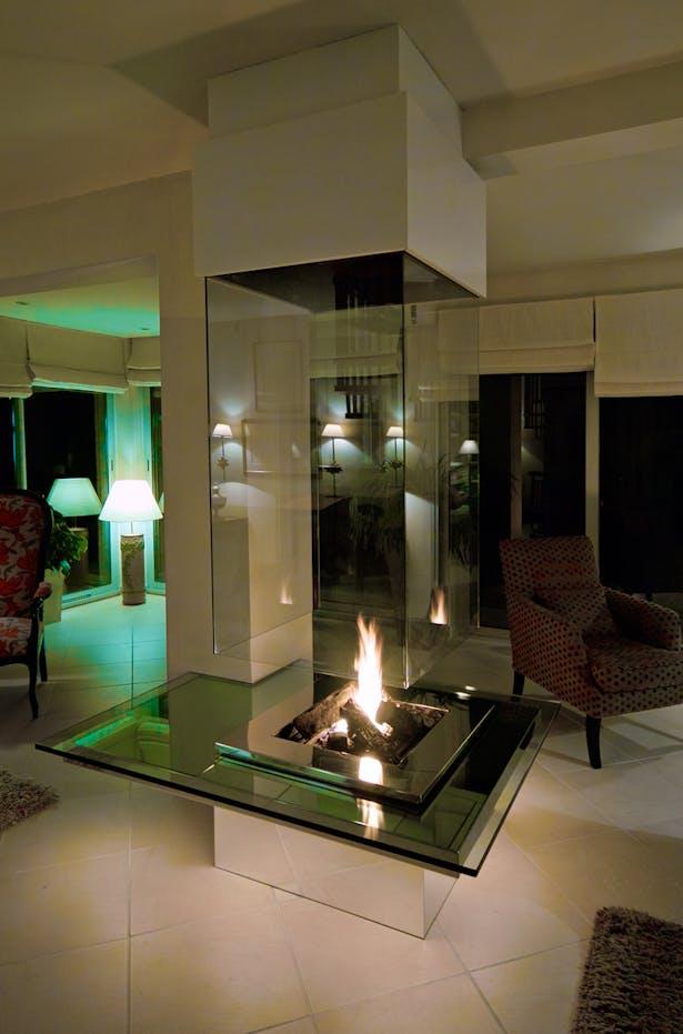 Bloch Design fireplace 3