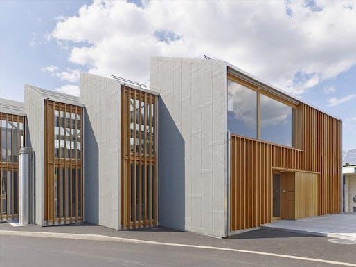 bunq architectes - Intercommunal fire station in Bernex. Bernex, GE, Switzerland. Photo: David Gagnebin-de-Bons.