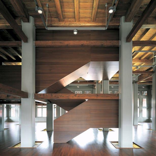 Jianfu Palace Museum Staircase / Photo by Cheng Shouqi