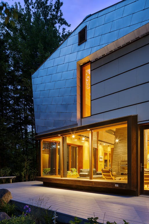 MOUNTAIN:house in Barlett, NH by INTERSTICE Architects; Photo: Greg Pemru
