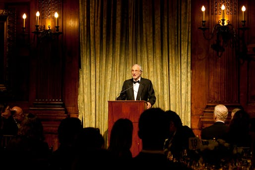 Renzo Piano accepting the President's Medal at the award dinner in New York City, April 9, 2013 (Photo © Joan Cuenco)