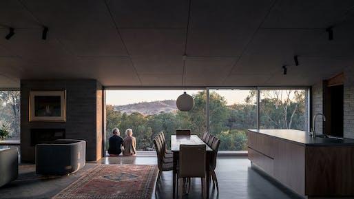 The Robin Boyd Award for Residential Architecture – Houses (New) (joint winner): East Street, Kerstin Thompson Architects, NSW. Photo: Dan Preston.