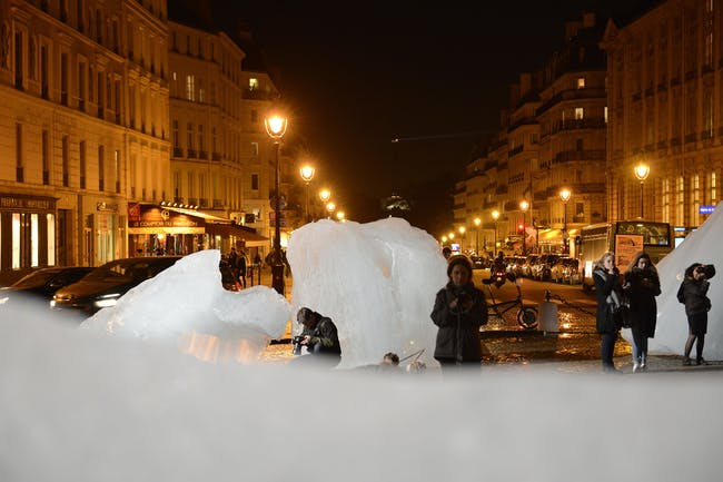 The artist Olafur Eliasson brought massive chunks of glaciers to Paris to raise awareness of climate change. Credit: UN Climate Change / Flickr