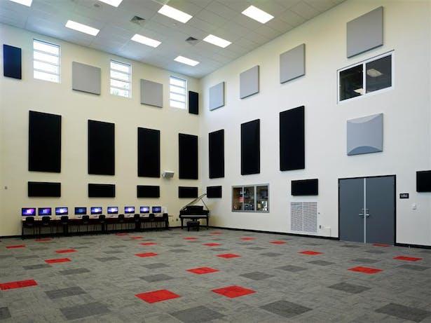Bandroom Interior