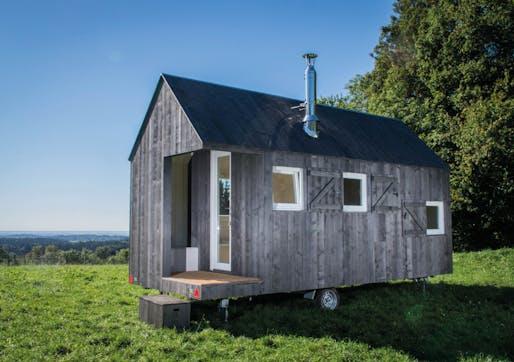 HYT – mobile Übernachtungseinheit am Wild-Berghof Buchet by hausfreunde – Architekten GbR, Daniela Engelmann, Christian Zellner, Roman Cichon, Anja Drexler. Image: German Design Awards.