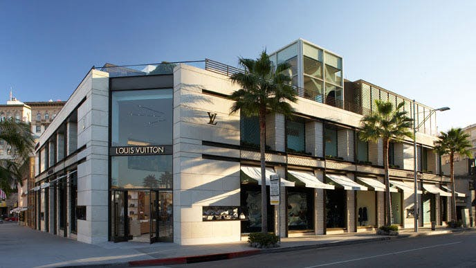 louis vuitton rodeo drive in beverly hills  california