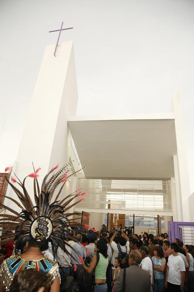 Capilla 22 de abril in Guadalajara, Mexico by Echauri Morales Arquitectos