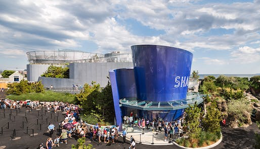 Oct 28: Ocean Wonders: Sharks!, Architecture, Exhibit Design, Landscape Architecture: Edelman Sultan Knox Wood / Architects (Architect of Record), the Wildlife Conservation Society - Exhibition and Graphic Arts Department and The Portico Group, Photo courtesy David Sundberg / Esto.