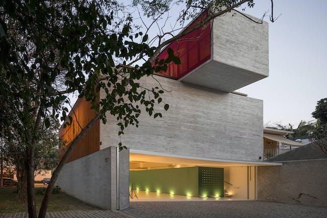 Studio R in São Paulo, Brazil, by Studio MK27 (Marcio Kogan & Gabriel Kogan). Image courtesy of the MCHAP.