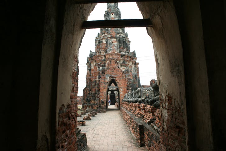 Wat Chaiwattanaram in Thailand. Image courtesy of Pomeroy Studios.