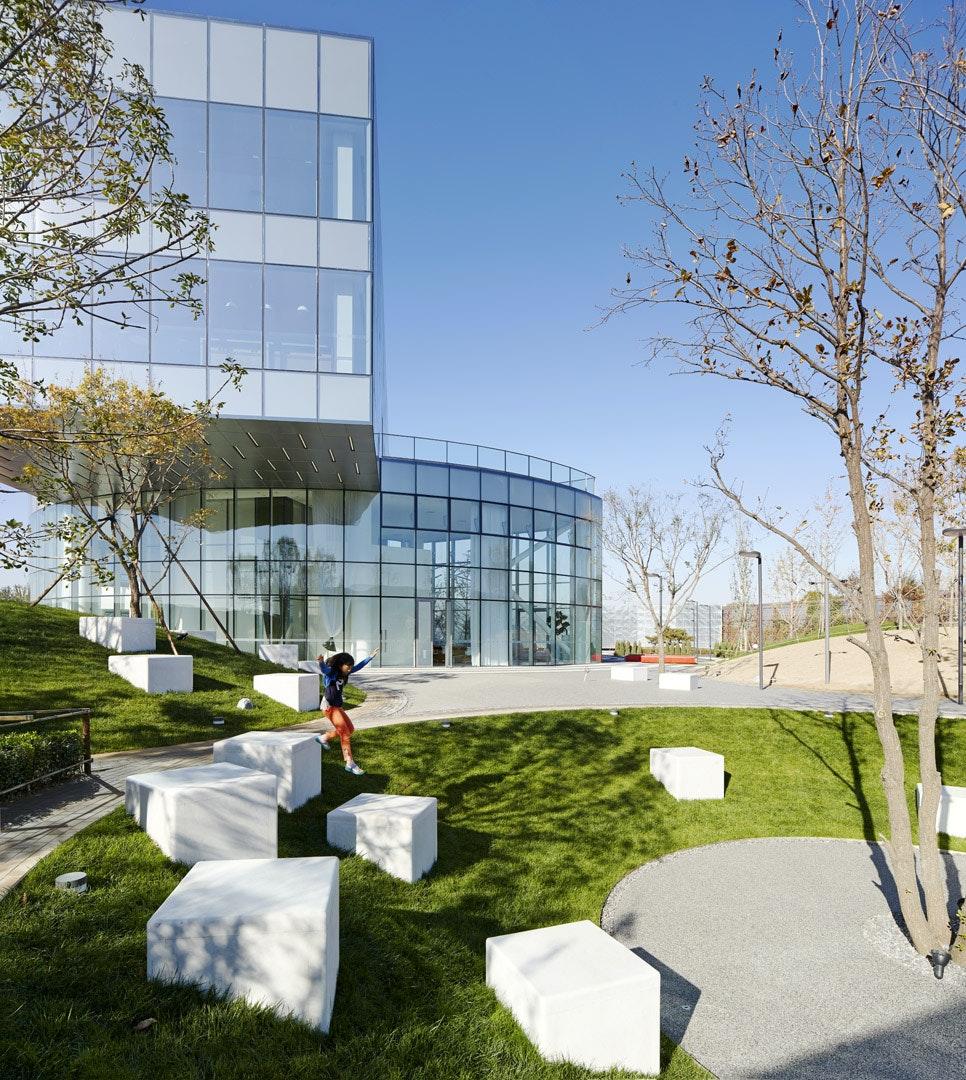 Landscape Design Structure: Vanke Daxing Yihezhuang Landscape