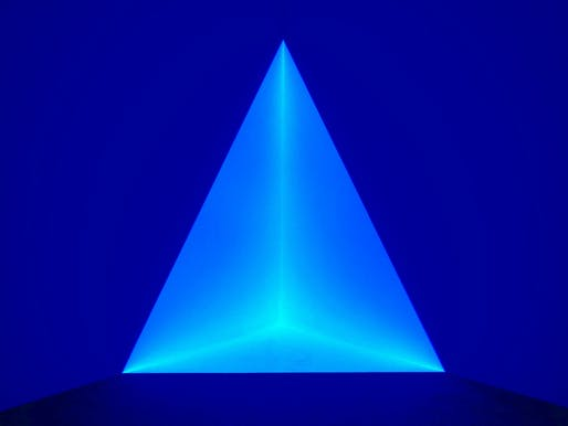 "One of James Turrell's holographic images exhibited at the University of Kansas Art Museum in 2013. Photo by: Dean Hochman, via <a href=""https://www.flickr.com/photos/deanhochman/19420578394""target=""_blank"">Flickr</a>."