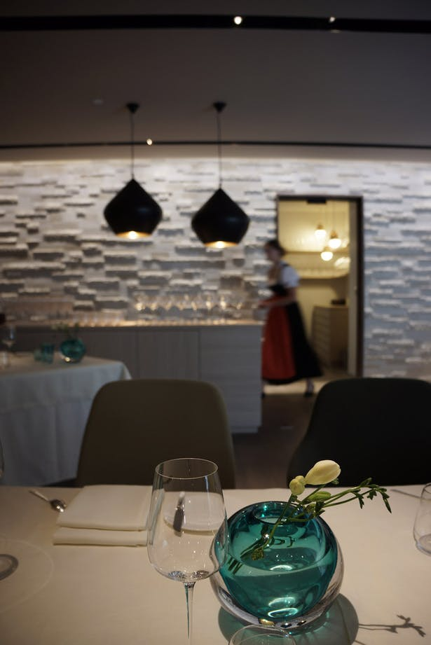 Experimenting with new and existing materials, heavy and light decor elements offered us the possibility to create a restaurant that plays with it's traditional surroundings.