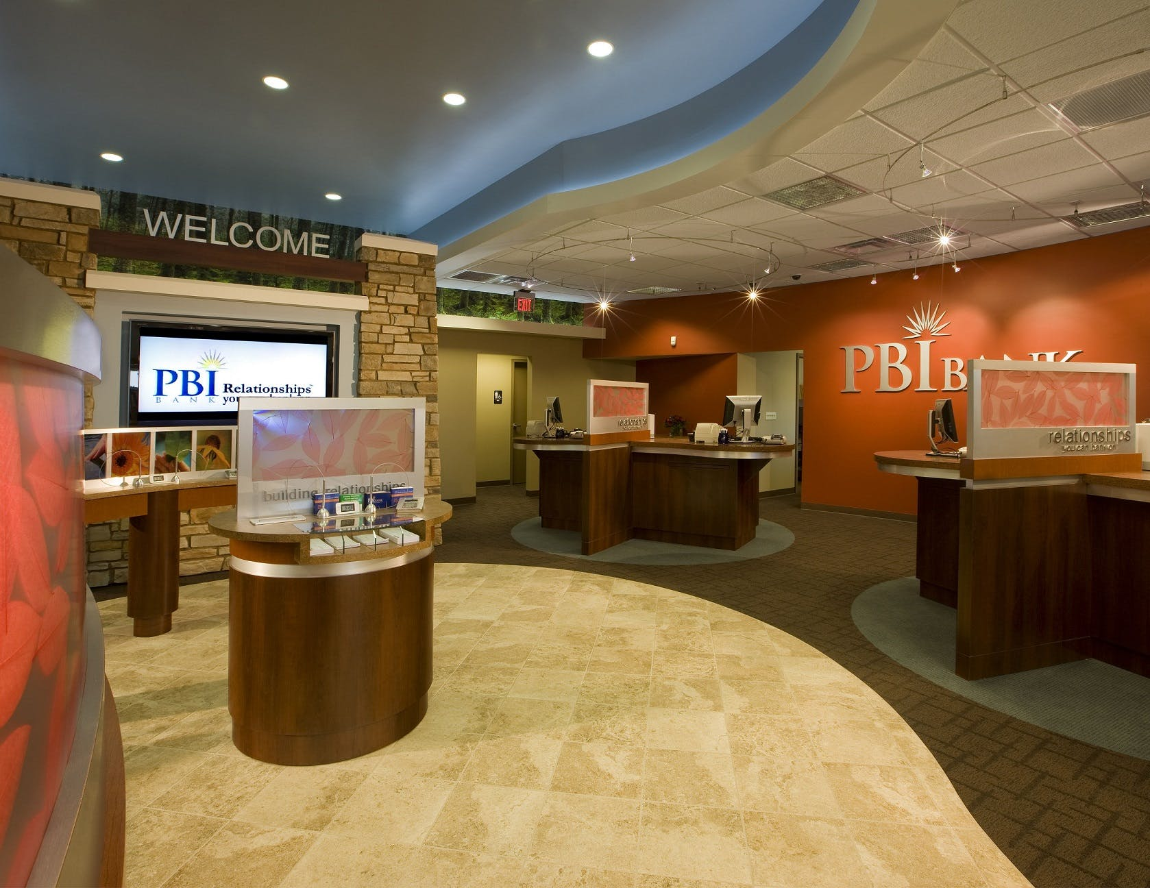u0026 39 high retail u0026 39  branch bank