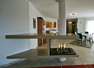 Contemporary fireplace / Cheminée contemporaine