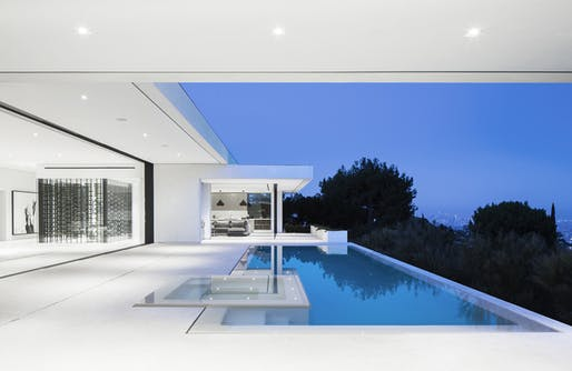 Mirrorhouse by XTEN Architecture. Photo credit: XTEN Architecture.
