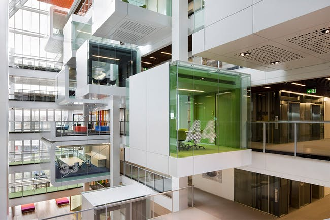 Interior Design: Clive Wilkinson Architects: Macquarie Group meeting pods, Sydney, Australia, 2009 (Photo: Shannon McGrath)