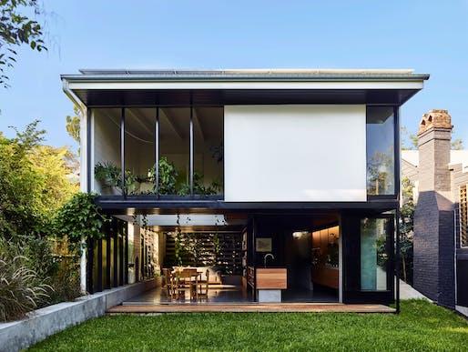 Terrarium House by John Ellway   Queensland. Photo: Toby Scott.