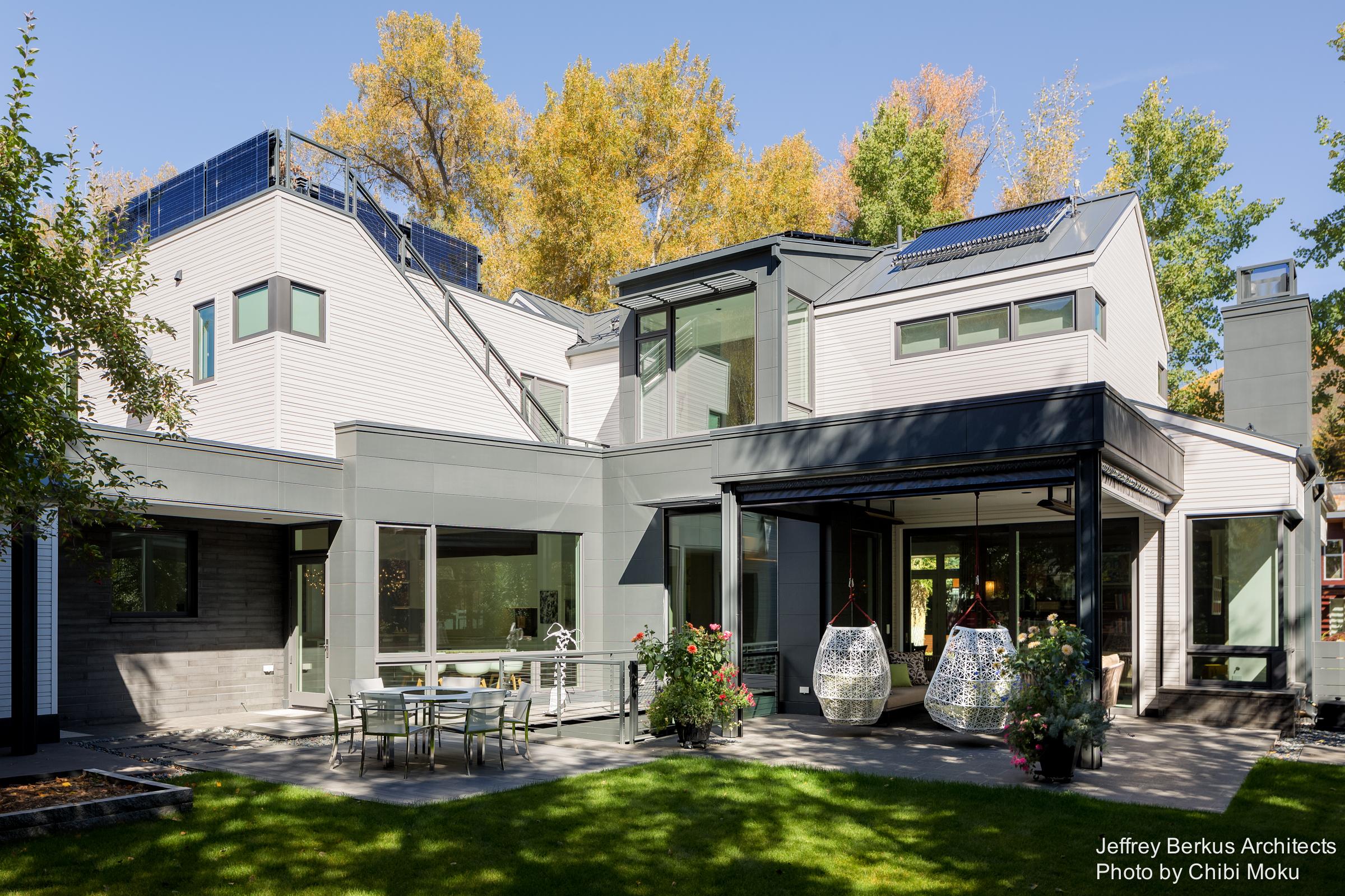 Jeffrey Berkus Architects Seamless Transition Aspen CO Chibi