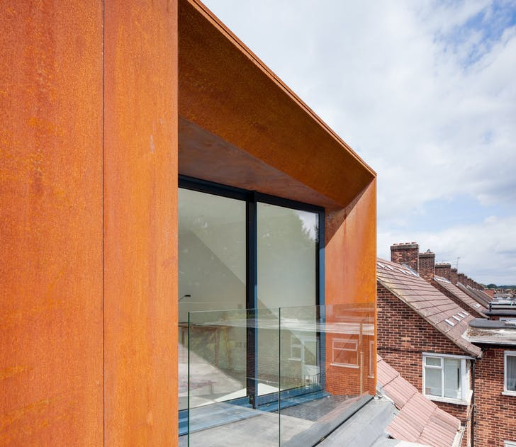 DA Residence, a rooftop addition to a top floor flat in Walthamstow.