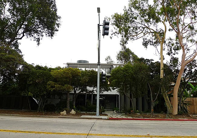 Recenly erected traffic signal in front of historically significant Neutra VDL House via Follow Orhan Ayyüce