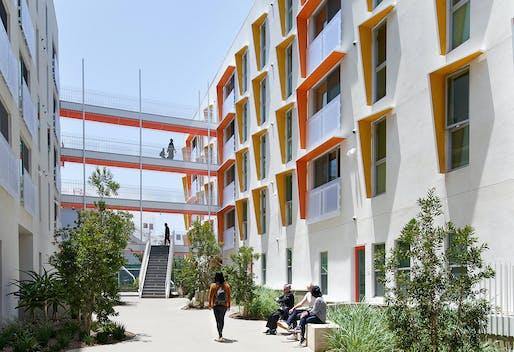 The Jørn Utzon Award for International Architecture: The Arroyo Affordable Housing, John Koning Eizenberg Architecture, Santa Monica, California. Photo: Eric Staudenmaier.