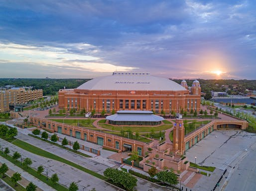 Greater than $200 Million - National Award: Dickies Arena, Fort Worth, TX. Structural Engineer: Walter P Moore, Dallas, TX. Architects: HKS, Inc., Dallas, TX; David M. Schwarz, Washington D.C.; Hahnfeld Hoffer Stanford, Fort Worth, TX. Photo: Arcpoint Studios.