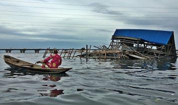 The story behind Kunlé Adeyemi's Makoko floating school collapse