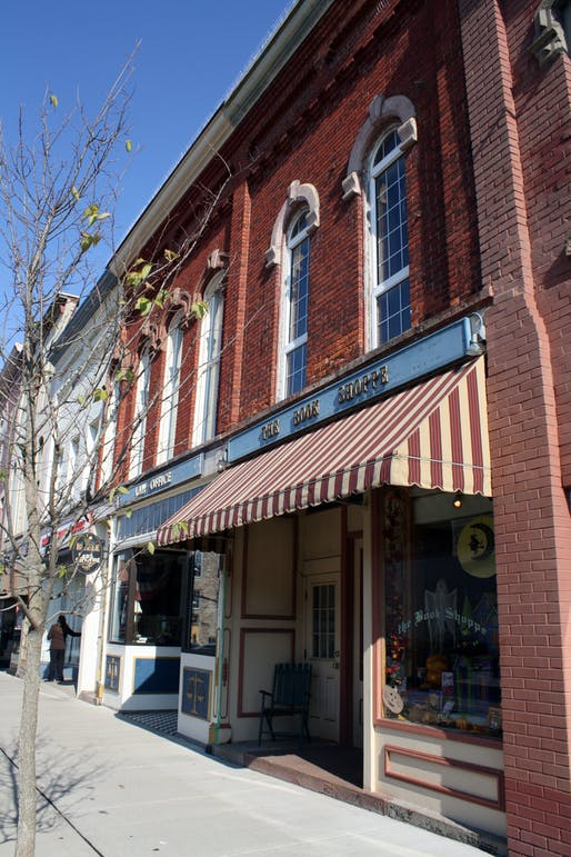 Main Street Buildings, Medina, New York (Photo Credit: Author)